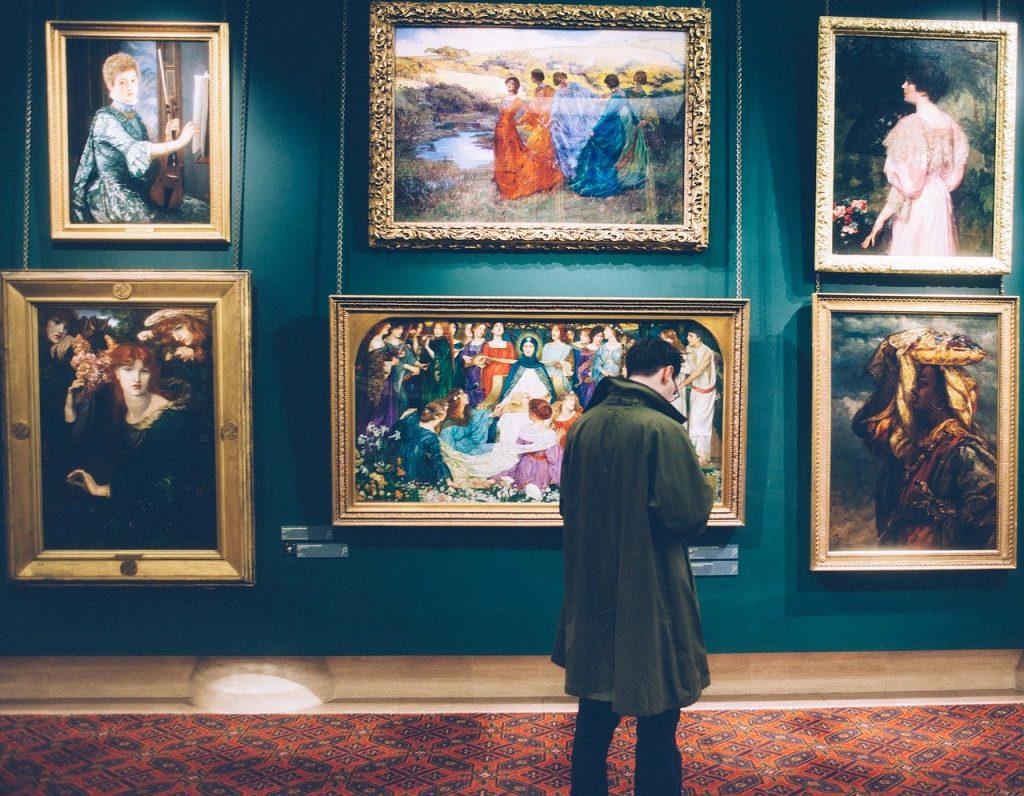 Starožitnosti a umělecká díla