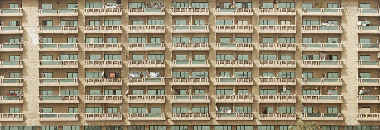 facade-1209331_1280